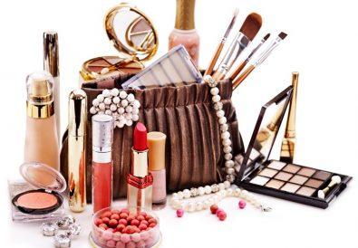 Trier ses produits de maquillage