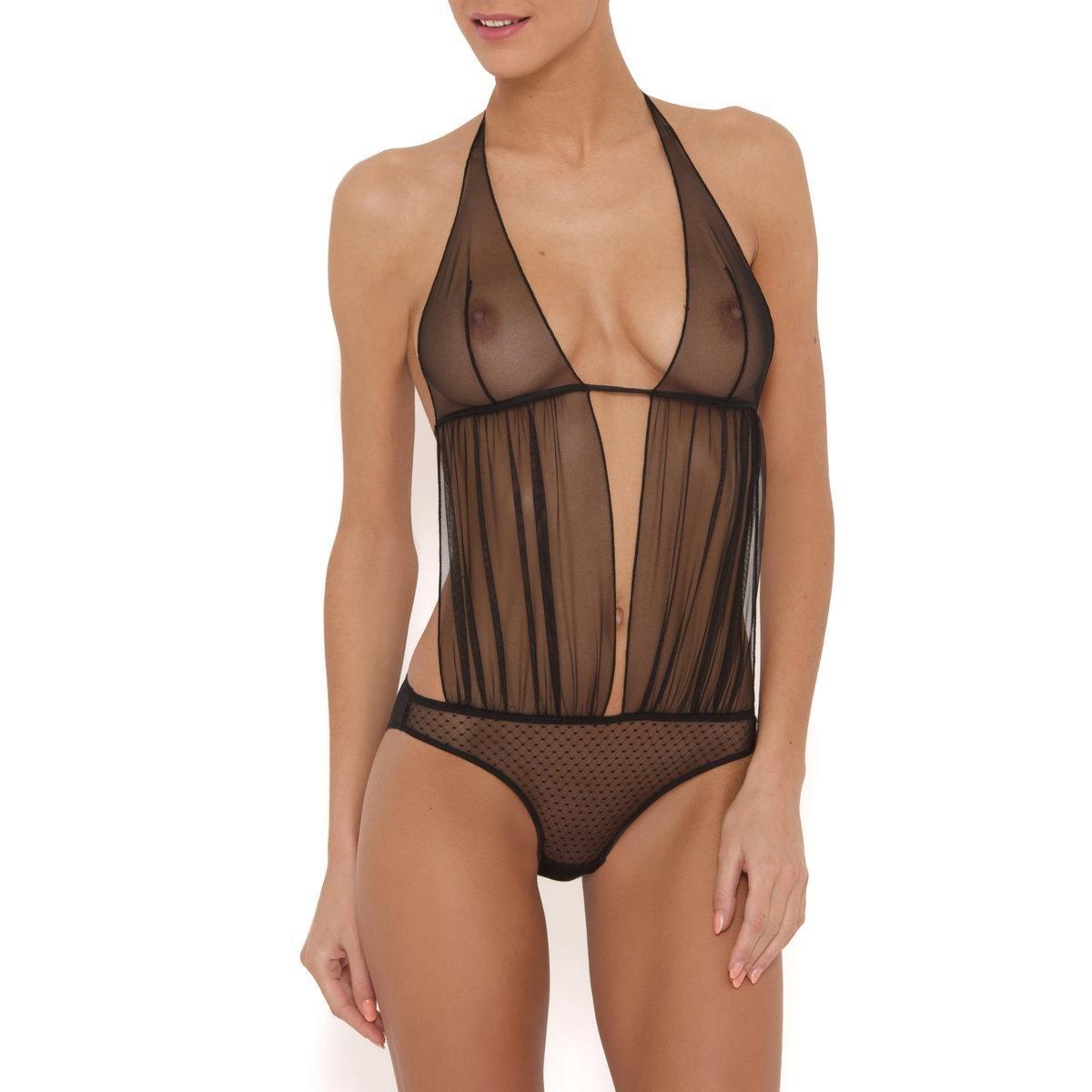 J'ai pu trouver des dizaines de modèles de body femme sur ce site