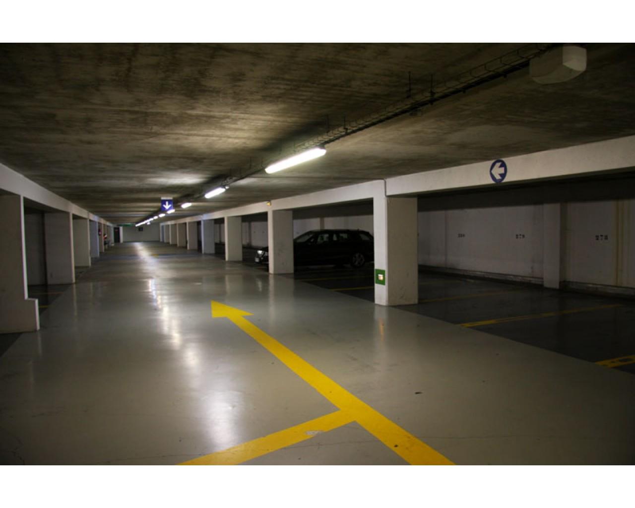 imagesplace-de-parking-24.jpg