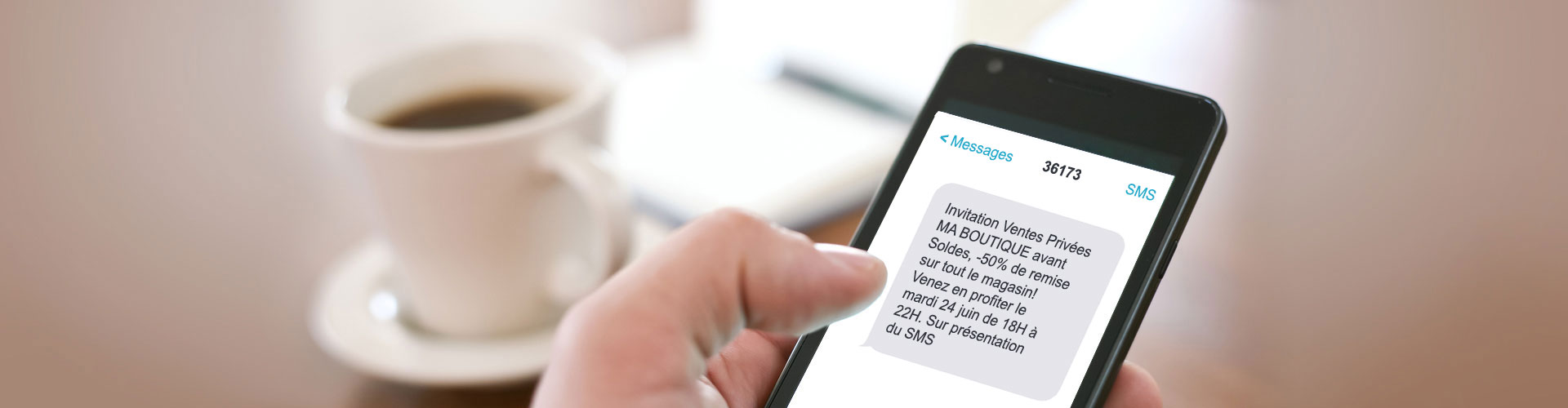 Envoi de SMS low cost : ils vous permettent de toucher les clients de près
